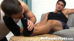Asian Hunk Axel Masturbates Vigorously During Feet Treatment